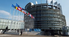 Parlamentul European cere din nou SUA sa elimine vizele temporare pentru romani