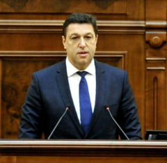 Parlamentul a adoptat legea lui Serban Nicolae prin care suspectii interceptati trebuie informati in 60 de zile ca sunt monitorizati