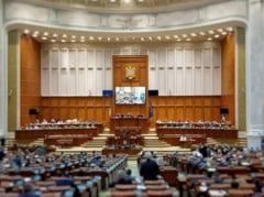 """Parlamentul a adoptat proiectul privind Strategia nationala pe termen lung """"Romania 2040"""": Seful suprem e presedintele Camerei Deputatilor"""