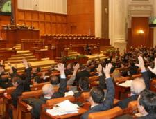 Parlamentul a numit conducerea CNVM, CSSPP si AEP