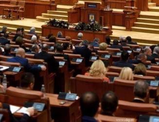 Parlamentul are pe masa doua propuneri care vizeaza desfiintarea Sectiei de investigare a magistratilor. Ce prevad proiectele PNL si USR