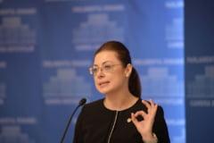 """Parlamentul dezbate raportul Comisiei privind alegerile din 2009: Nu e bazat pe nicio dovada, doar """"deductii"""""""