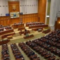Parlamentul dezbate si voteaza marti prima motiune de cenzura impotriva Guvernului Citu. PSD admite ca mai are nevoie de voturi