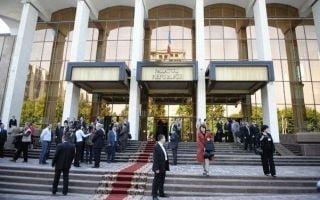 Parlamentul din R. Moldova califica vineri lipsa prezidentialelor: amanare sau esec?