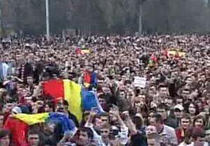 Parlamentul moldovean recunoaste ca protestatarii au fost batuti