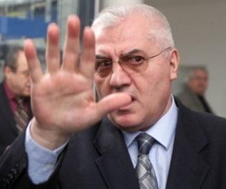 Parte vatamata din dosarul de santaj Intact - RCS: Dumitru Dragomir a vrut sa se arunce de la etaj!