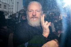 Partenera lui Julian Assange i-a cerut lui Trump o gratiere 'de ultim moment'