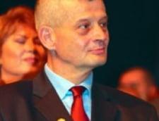 Partidele mici strang randurile in jurul lui Sorin Oprescu