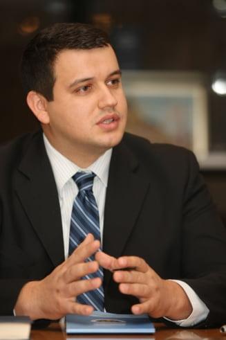 Partidul Miscarea Populara va lua fata PDL - sondaj