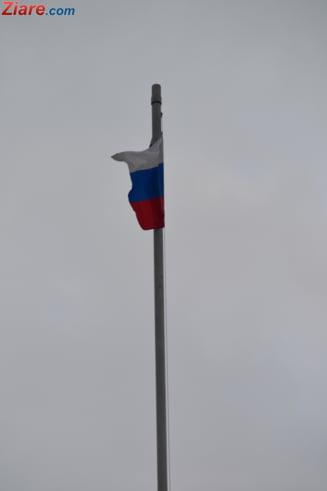 Partidul lui Putin pierde o treime din mandate in alegerile locale la Moscova, dar isi pastreaza majoritatea
