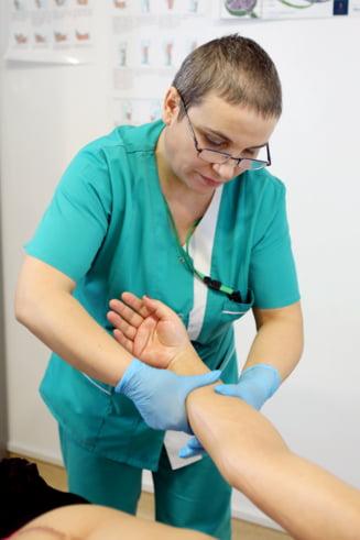 Pastila de Speranta: asistenta care se rade in cap din empatie pentru pacientele cu cancer