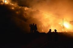 Pata Rat arde din nou. Mai multe baraci ale locuitorilor de pe strada Cantonului au luat foc