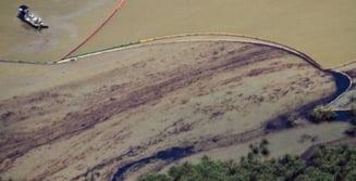 Pata de petrol din Golful Mexic nu a fost oprita