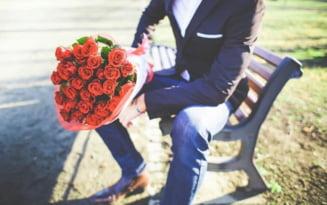Patania unui sofer de tir indragostit lulea care i-a trimis luni in sir femeii dorite flori si mesaje. Ce a decis instanta