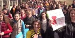 Patriarhia reactioneaza dupa ce unii profesori de religie au fost obligati sa participe la marsul anti-avort