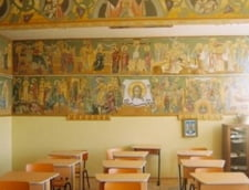 Patriarhia respinge acuzatiile privind indoctrinarea elevilor