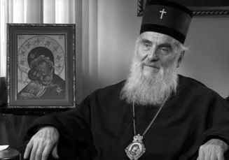 Patriarhul Bisericii Ortodoxe sarbe a murit de COVID-19 dupa ce a oficiat funeraliile cu sicriul deschis ale Mitropolitului Muntenegrului, infectat cu noul virus