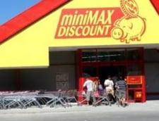 Patriciu a cerut insolventa magazinelor Minimax Discount