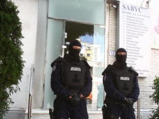 Patronul Sabyc, fiul sau si secretara clinicii raman inca 30 de zile in arest