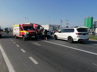 Patru morți, după ce un SUV şi un TIR s-au izbit puternic la intrare în Sibiu