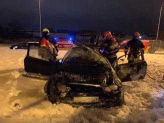 Patru persoane ranite dupa ce autoturismul in care se aflau a lovit un sens giratoriu pe centura Brasovului