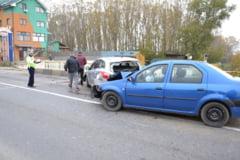 Patru raniti intr-un accident la Podul Olt