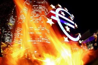 Patru solutii pentru salvarea zonei euro