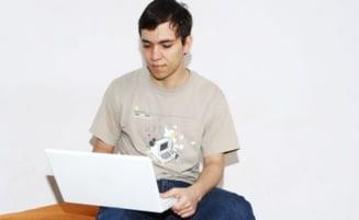 Patru studenti galateni au contribuit la succesul iPad