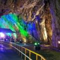 Peştera celebră din România, redeschisă pentru turişti. Intrarea în subteran a fost restricționată din cauza inundațiilor