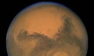 Pe Marte s-a descoperit un strat subteran de gheata mai mare decat Romania