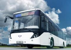 Pe strazile din Chisinau circula autobuze noi... fabricate in Romania