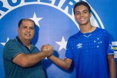 Pe urmele tatalui: Fiul lui Ronaldinho a semnat cu o echipa de traditie