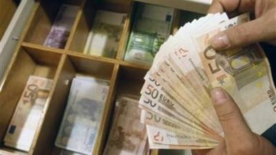 Pedeapsa bancilor din Occident: Creditarea in euro se scumpeste!