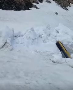 Peisaj incredibil din Romania: Zapada de peste 6 metri, pe Transfagarasan (Video)