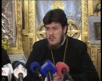 """Pelerinajul din Constanta. Preotul Tanasescu: """"Nu-l scoateti vinovat pe IPS Teodosie, pentru ca niste cinici v-au dat carpe de doi lei, de s-au umplut spitalele"""""""