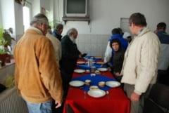 Pensionarii din Alba Iulia cu venituri de pana la 520 lei vor primi hrana gratuita, la cantina de ajutor social