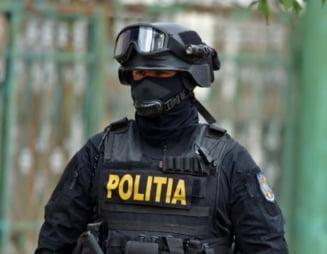 Percheziții de amploare în București și alte cinci județe. Este vizată o grupare acuzată că a spălat 7 milioane de euro pe filiera Spania - România