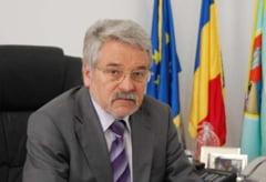 Perchezitii DNA la CJ Hunedoara: Cum si-a favorizat ginerele presedintele Mircea Molot