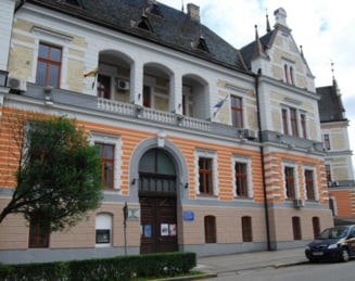 Perchezitii DNA la Consiliul Judetean Hunedoara: Procurorii au sigilat birouri - UPDATE