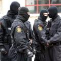 Perchezitii in Capitala la persoane banuite de proxenetism. 15 suspecti au fost retinuti