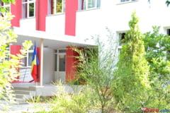Perchezitii la o scoala din Bucuresti: Contabila a facut infarct si a murit