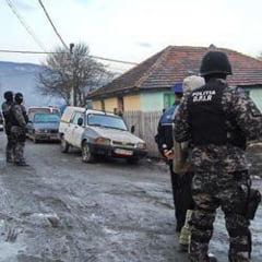 Perchezitii la punctele de distributie a drogurilor din Petrosani