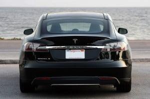 Performanta celei mai sigure masini din SUA: Mai scumpa la mana a doua decat noua