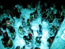Pericolele vietii studentesti: petrecerile cu spuma