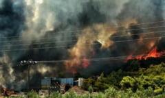 Pericolul de incendii rămâne unul ridicat în Grecia, deși focarele sunt ținute sub control