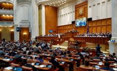 Persoanele condamnate definitiv pot candida la parlamentare, au decis deputatii juristi