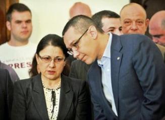 Personalitati ale culturii romane cer ministrului Educatiei sa ii retraga titlul lui Ponta