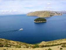 Peru: Autocar prabusit in lacul Titicaca - 15 morti