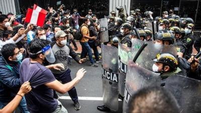 Peru: Trei morti in cursul manifestatiilor impotriva noului presedinte