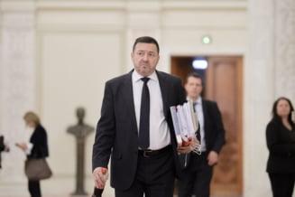 "Pesedistii in frunte cu deputatul ""Mitraliera"" au inventat un termen nou in Codul Penal pentru a-i salva de inchisoare pe evazionisti"